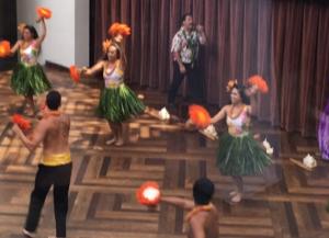 ala moana hula show